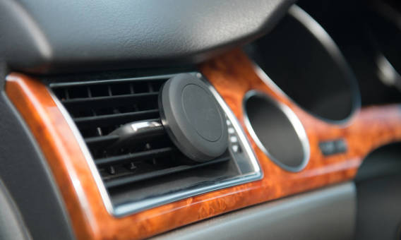 Magnetyczny uchwyt na smartfon – hit wśród kierowców