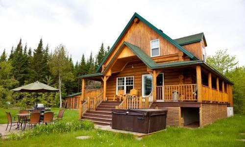 Drewniane domy całoroczne i letniskowe. Różnice