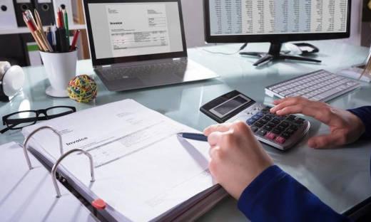 Czym jest księga przychodów i rozchodów?