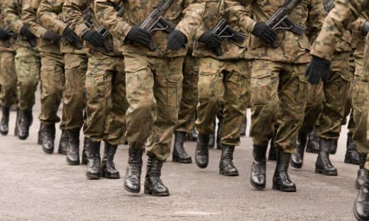 Kto może chodzić w mundurze wojskowym?