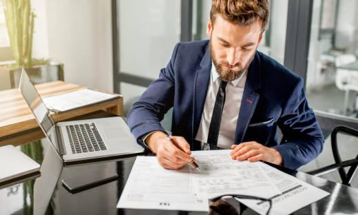Jakie podatki musi płacić osoba prowadząca działalność gospodarczą?
