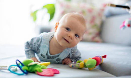 Rola zabawek w rozwoju niemowląt