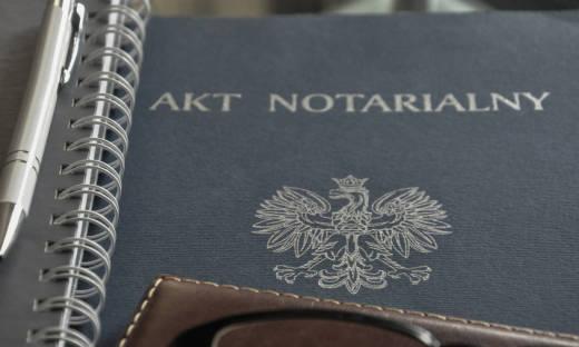 Co powinien zawierać akt notarialny?