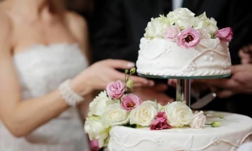 Tort jako kluczowy element przyjęcia weselnego