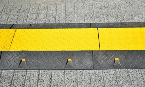 Sposoby skutecznej ochrony kabli na drodze
