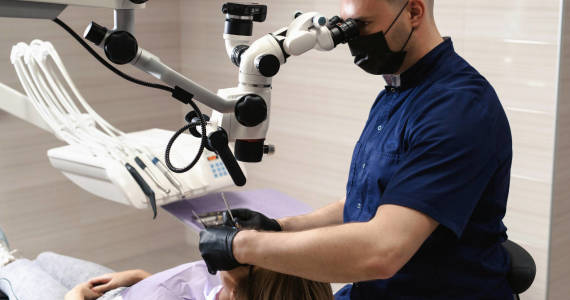 Leczenie endodontyczne na jednej wizycie - czy to możliwe?