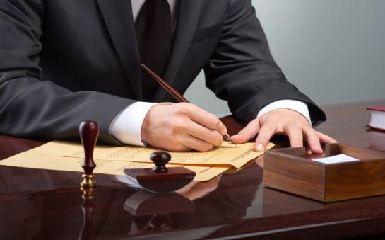 Adwokat a radca prawny. Różnice i podobieństwa w wykonywaniu zawodu