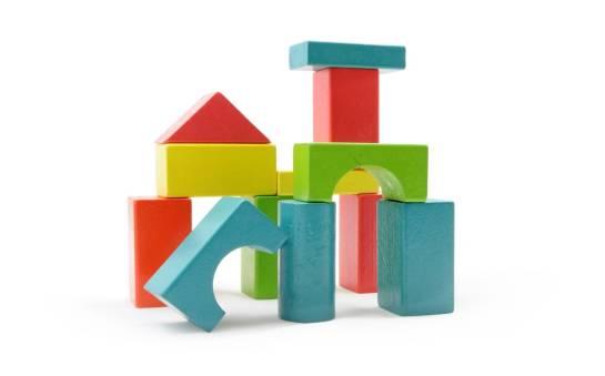 Zabawki edukacyjne. Charakterystyka drewnianych klocków