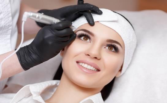 Microblading, czyli kilka słów o makijażu permanentnym brwi