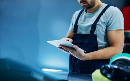 Jak optymalnie planować harmonogramy pracy serwisantów?