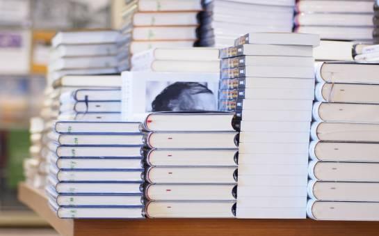Jak wygląda proces wydawania książki