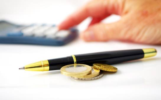 Kantor czy bank? Gdzie najlepiej wymienić gotówkę?