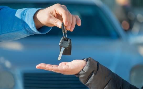 Czy opłaca się długoterminowy wynajem samochodów?