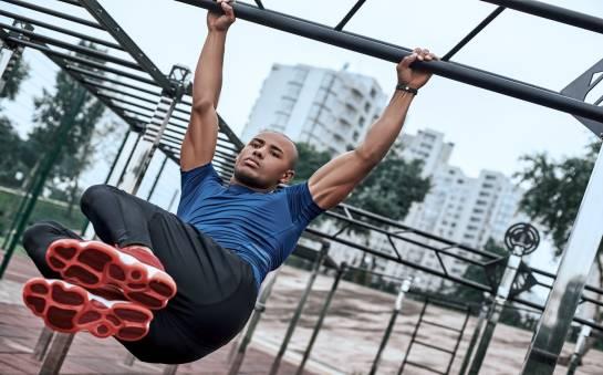 Siłownie zewnętrzne jako świetny sposób rekreacji na zgubienie zbędnych kilogramów
