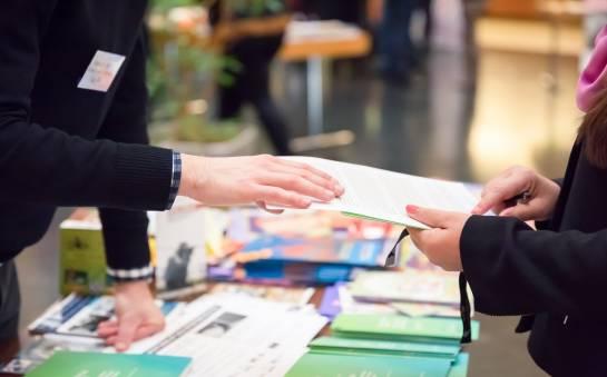 Środki perswazji stosowane na targach i wystawach handlowych