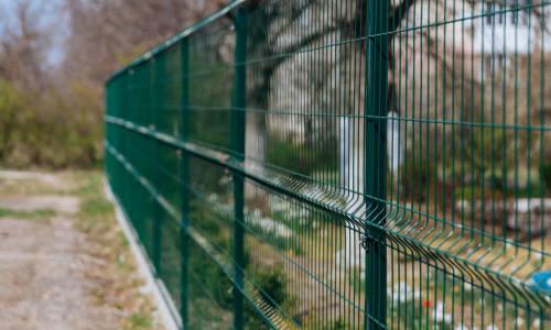 Stylowe ogrodzenie wizytówką domu