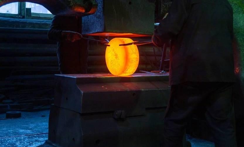 Na czym polega nawęglanie stali?