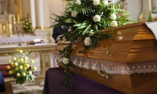 Jak wygląda ceremonia pogrzebowa w obrządku katolickim?