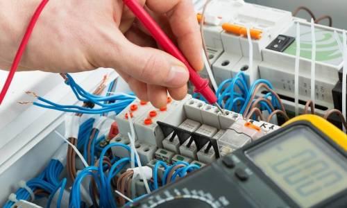 Zasady bezpieczeństwa przy modernizacji instalacji elektrycznych