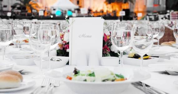 Dobre menu weselne. Co powinno zawierać?