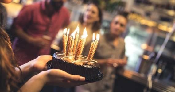 Urodziny w lokalu jako dobra alternatywa dla przyjęcia w domu