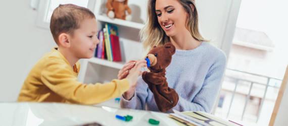 Pomoc dla dzieci z autyzmem. Przegląd rozwiązań