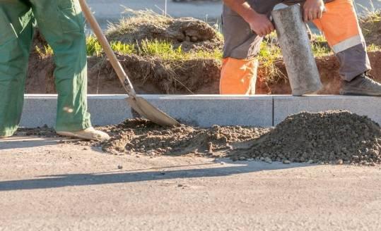 Ustawienie krawężników betonowych. Wymagania i parametry techniczne