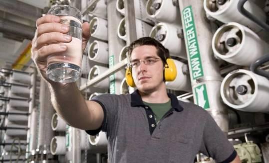 Jak działają systemy zmiękczania wody?